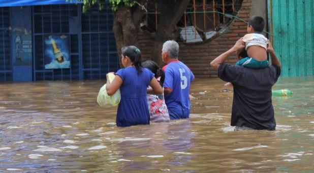 Obispos promueven ayuda solidaria por las inundaciones