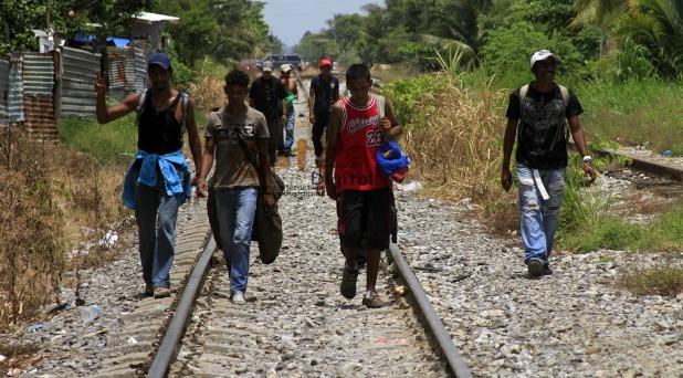 """""""No perder la esperanza de un mundo mejor"""": Francisco a los migrantes"""
