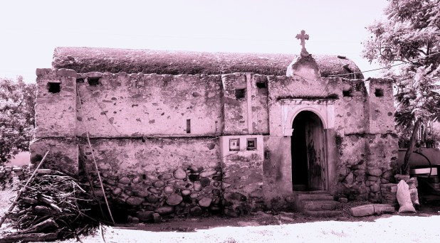 Capillas otomíes del semidesierto queretano: lugares de memoria y tradición
