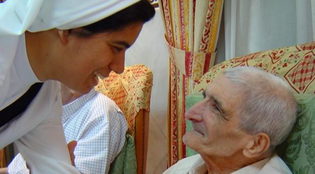 Cuidar a los ancianos en la recta final de su vida