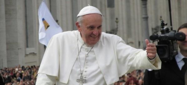 """Papa: """"La Iglesia es para todos, especialmente para los malos"""""""