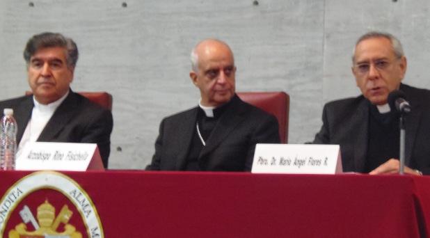 """""""Se quiere relegar la religión al ámbito privado"""": Fisichella"""