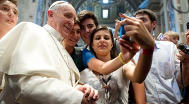 El amor concreto es el documento de identidad de los cristianos