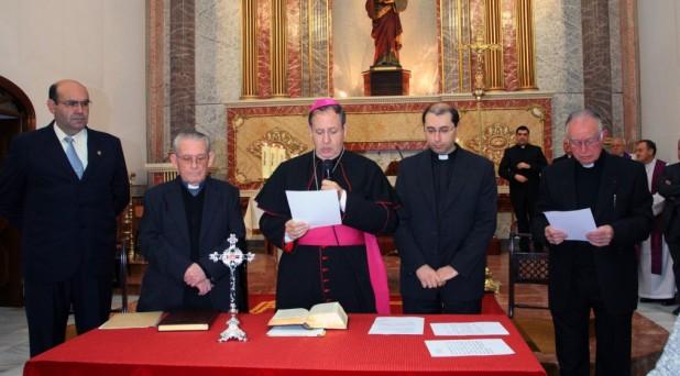 Más caridad, menos burocracia pide el Papa a los que administran la justicia en la Iglesia