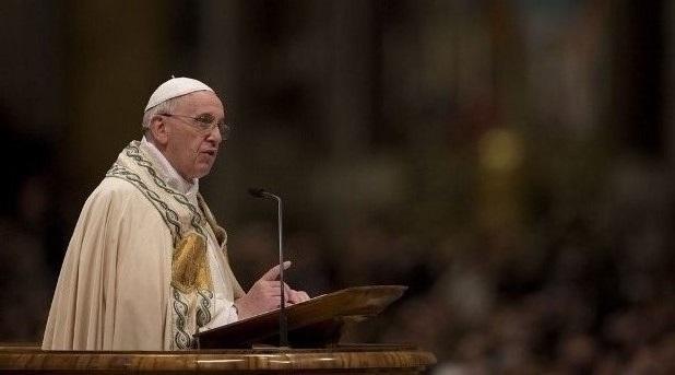 Francisco invita a los niños a rezar por la paz junto a los niños sirios