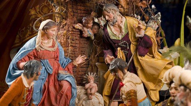 A pesar de los problemas, vive feliz la Navidad