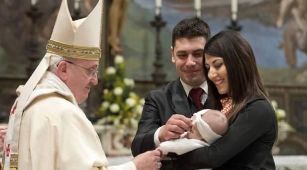 Mañana se dará a conocer carta del Papa a las familias