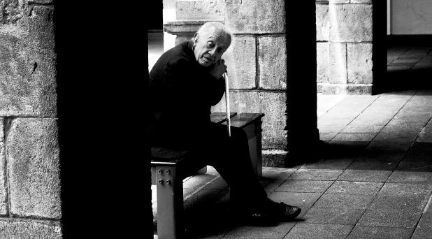 Erradicar el maltrato a las personas mayores