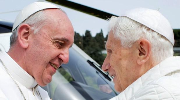 Benedicto y Francisco, a un año de la renuncia