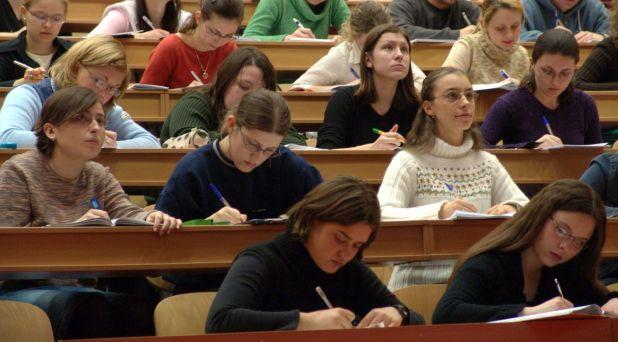 Universidades católicas: entablar diálogo con la cultura moderna