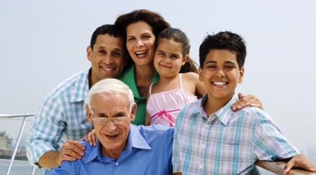 La parroquia, la escuela y el Estado: colaboradores de la familia