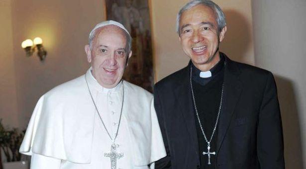 Monseñor Carlos Patrón Wong: El sacerdote debe estar cercano a Dios y a la gente