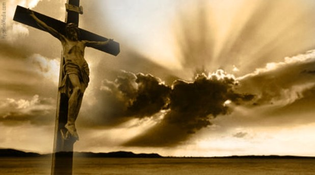 El mundo gira, la Cruz permanece