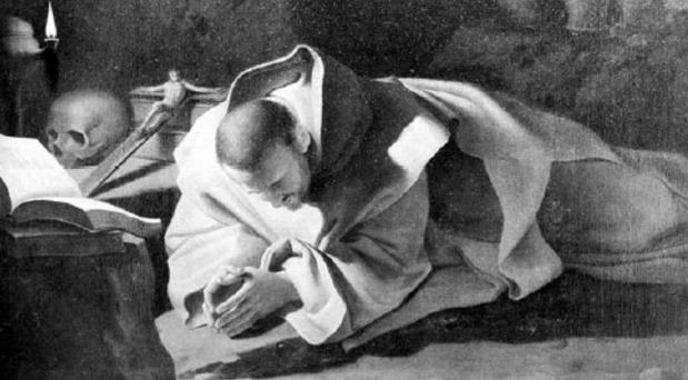 Un monje critica a la crítica