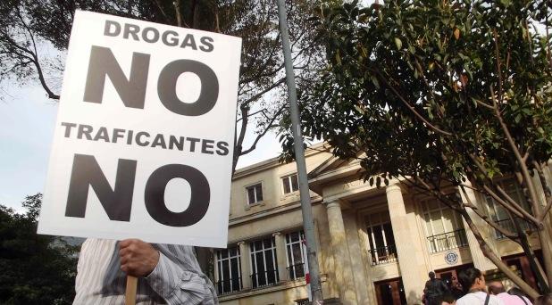 """El Papa dice """"no"""" a legalizar drogas"""
