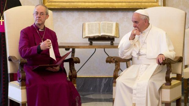 Francisco recibe al primado de la Iglesia Anglicana