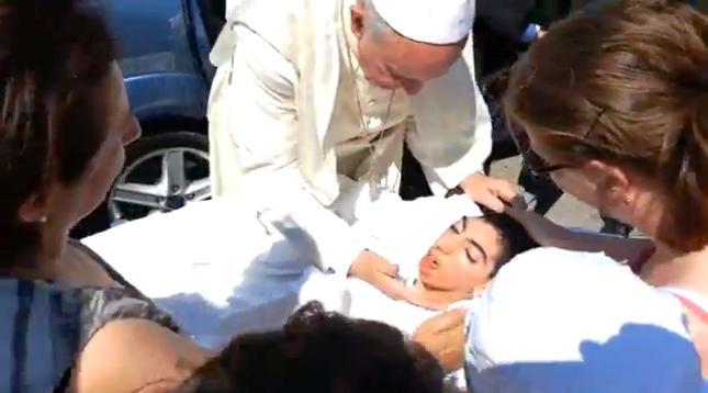 Francisco: Una Iglesia Misericordiosa