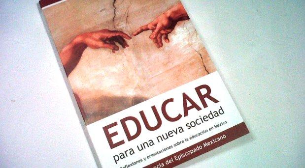 Evangelizar y educar