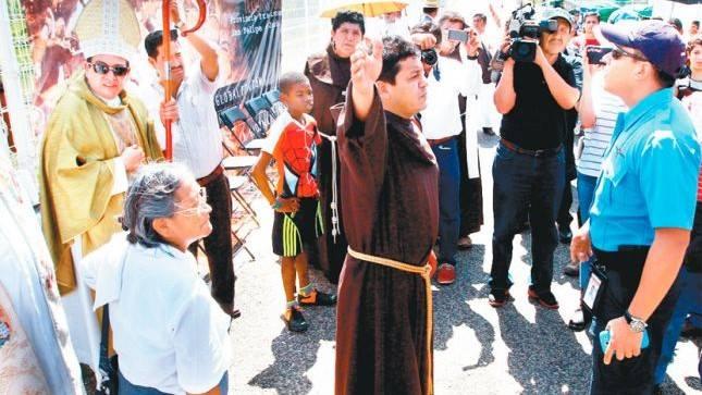 Instituto Nacional de Migración contra obispo