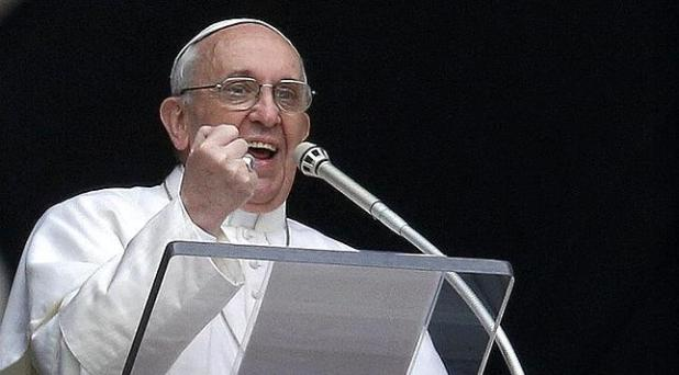 Francisco: ¡Que cese el exterminio de seres humanos!