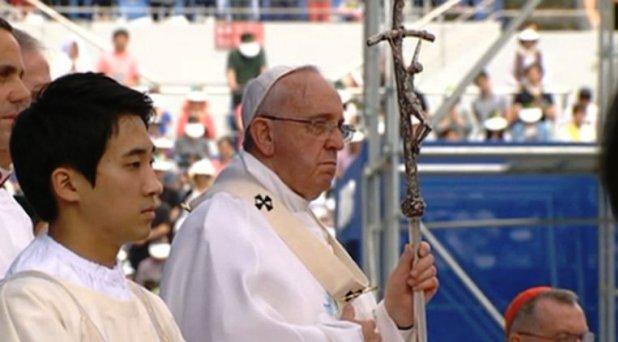 María nos hace vivir en la esperanza del Evangelio: Francisco en Corea