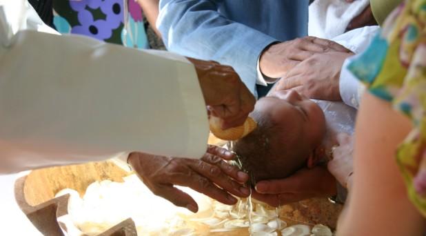 Salvador, bautizado en peligro de muerte
