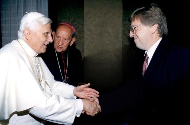 Benedicto XVI Jaime Septien y Mons Szymansky W