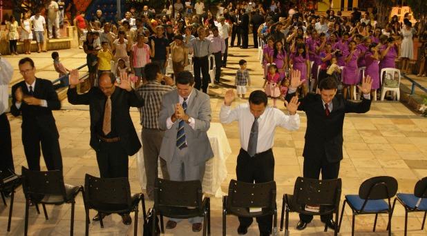 """Francisco se reúne con evangélicos: """"debemos dar testimonio de caridad"""""""