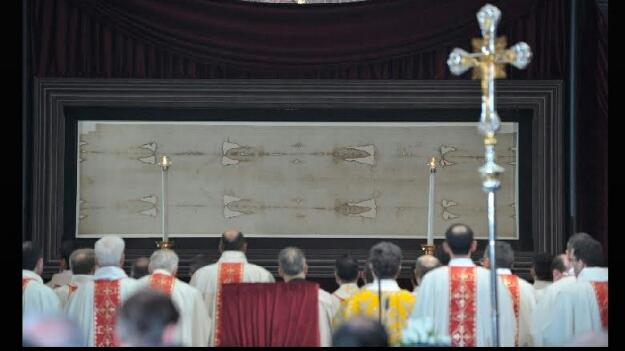 El amor más grande: anuncian ostención de la Sábana Santa de Turín