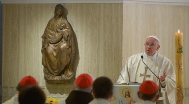 "Una Iglesia ""tibia"", place al espíritu del mal y ""no da ninguna confianza"""