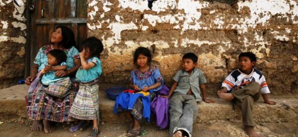 """Ante las desigualdades sociales: """"El monte y el río"""""""