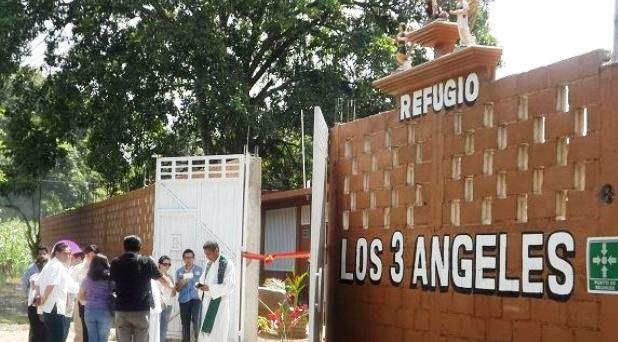 """Un nuevo """"ángel"""" en el camino de los migrantes"""