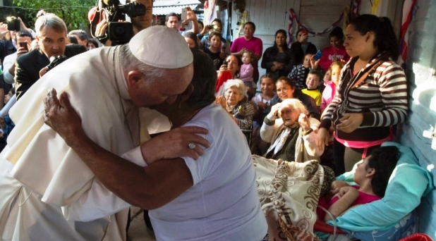 """""""El perdón de Dios no conoce límites"""": Francisco"""