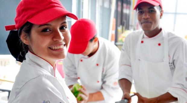 """""""Cocina para todos"""", un proyecto para jóvenes desfavorecidos"""
