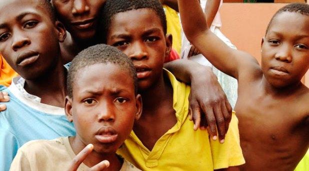 Testemunarte, una iniciativa más para sacar a los niños de las calles