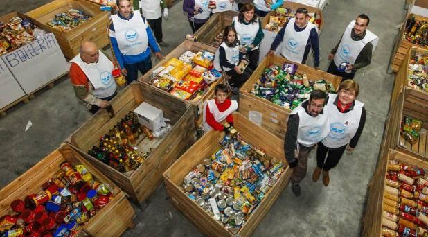 Contrastar el derroche de comida, distribuyéndola entre las personas necesitadas: Francisco a Banco de Alimentos