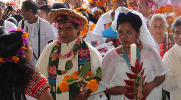 Iglesia autoriza lengua náhuatl en la liturgia