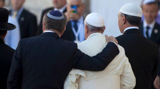 """Judíos y católicos, de la confrontación a una """"profunda amistad"""""""