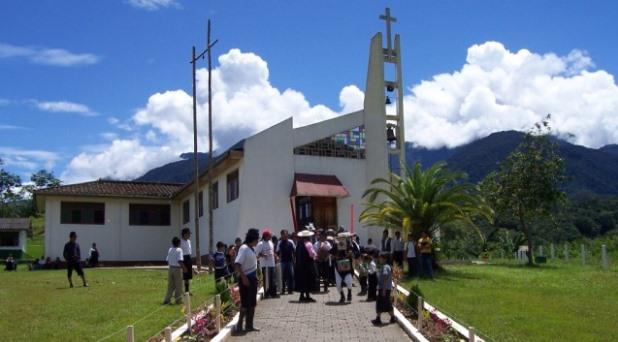 """""""Parroquias y Santuarios: lugares de Misericordia"""""""
