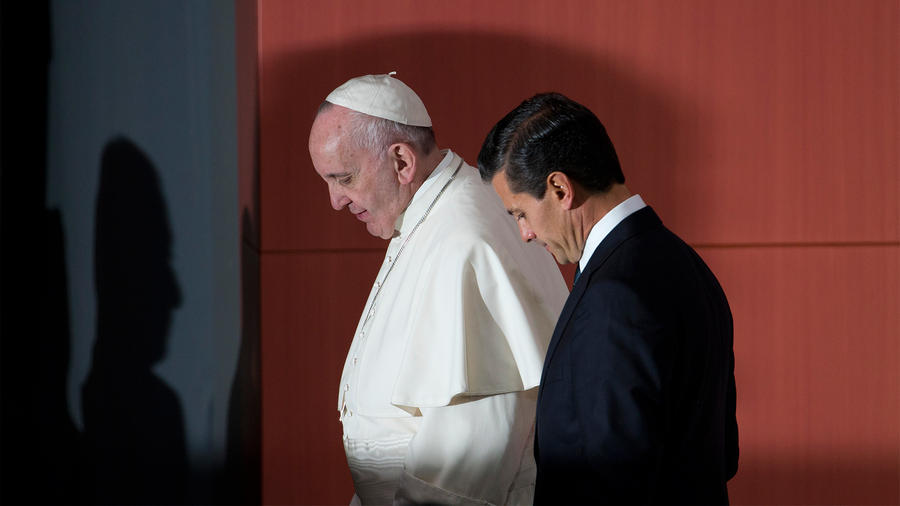 Primeras palabras del Papa en México: fuertes y claras