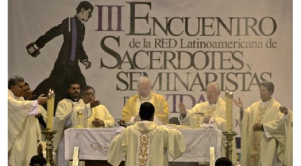 Realizan Encuentro Latinoamericano de sacerdotes y seminaristas por la vida