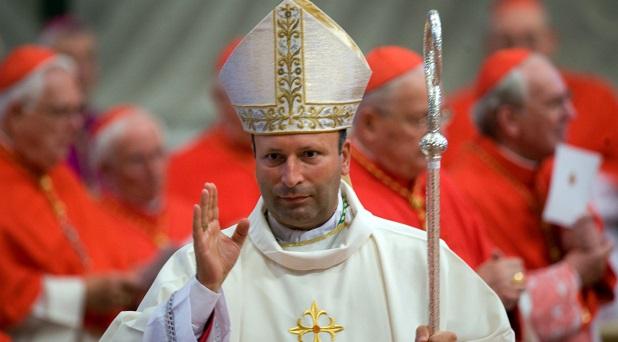 El primer año del nuncio Coppola en México: la Iglesia debe cambiar