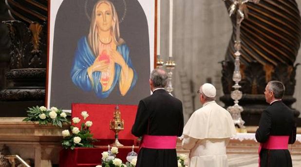"""María: antídoto contra la """"orfandad espiritual"""""""