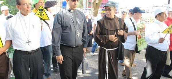 Iglesia católica impulsa Ley contra mineras en El Salvador