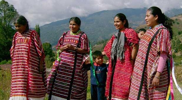 Trinidad, familia y pueblos originarios