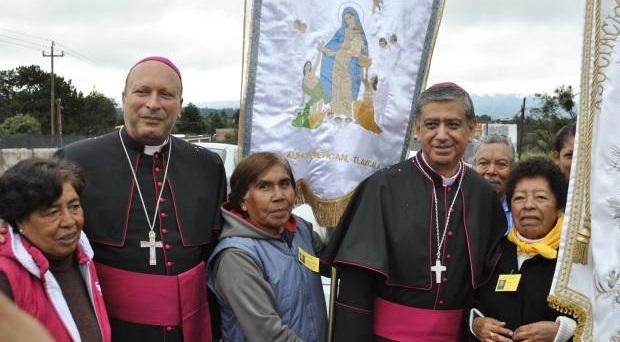 """""""Los pobres, antes; los otros después"""", pide Nuncio al nuevo obispo de Tlaxcala"""