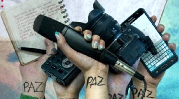 """""""Noticias falsas y periodismo de paz"""""""