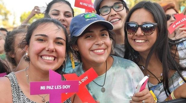 Francisco habla a los jóvenes en Chile