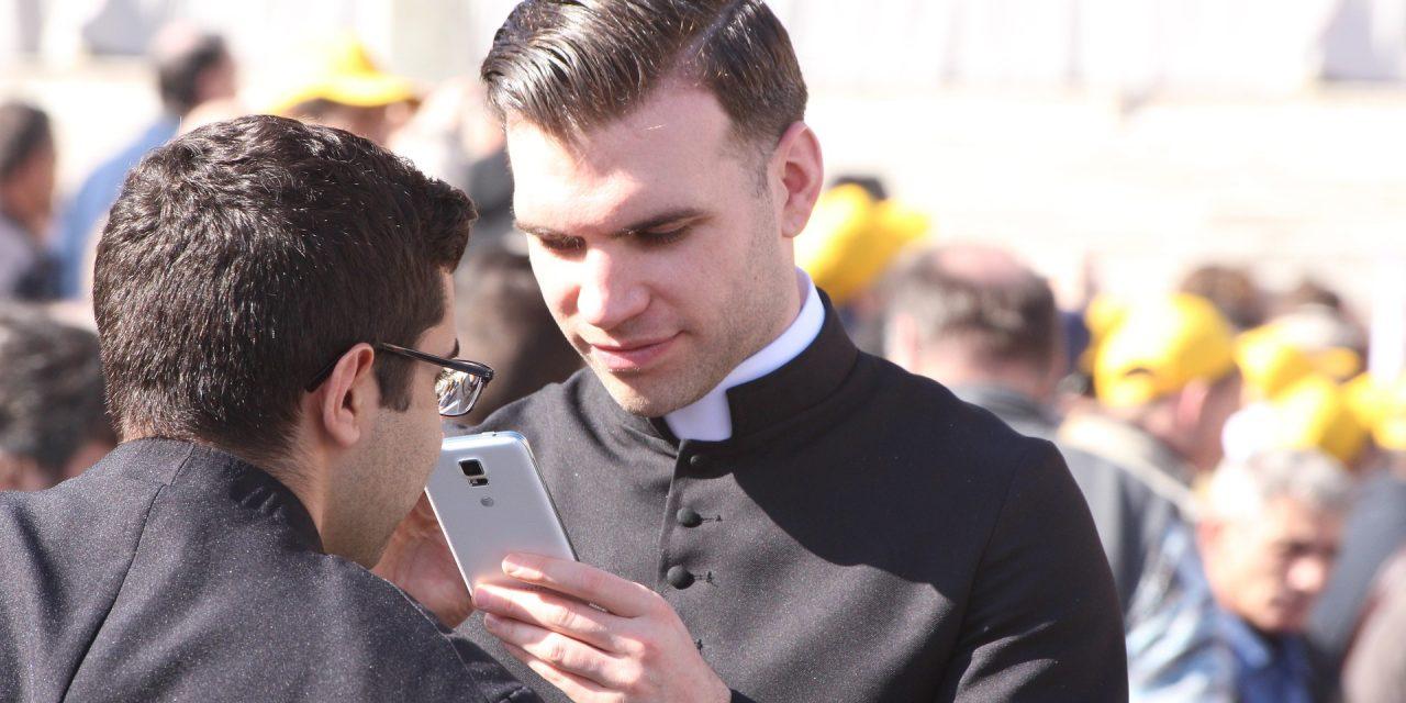 El clero y la sexualidad celibataria