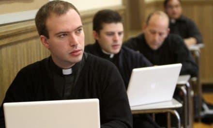 Frente a las nuevas realidades, la actualización sacerdotal
